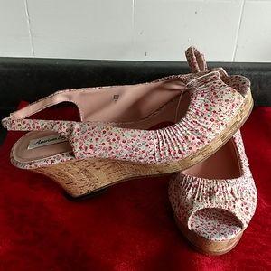 American Eagle NWT cotton open toe 10 shoe